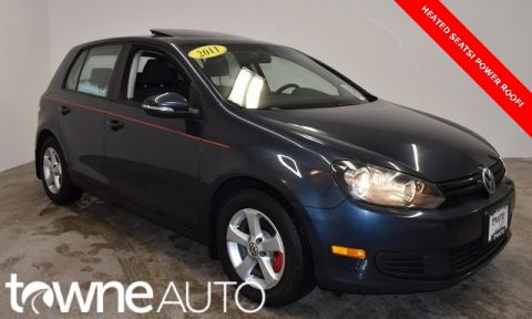 Pre-Owned 2011 Volkswagen Golf 2.5L